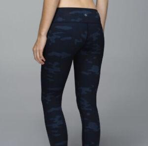 Lululemon-Wunder-Under-Pant-Leggings-Lotus-Camo-Oil-Slick-Blue-Size-8-EUC