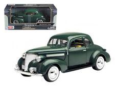 1/24 Motormax 1939 Chevrolet Coupe Diecast Model Car Green 73247