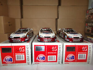 1-24-DALE-EARNHARDT-JR-8-BUD-BOD-FEB-12-17-20-2005-ACTION-NASCAR-DIECAST