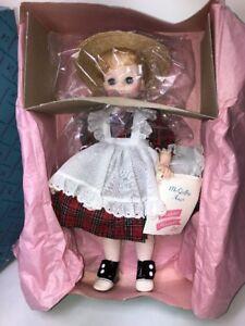 13-034-Madame-Alexander-Mc-Guffey-Ana-1525-Mint-In-Box-With-Tag