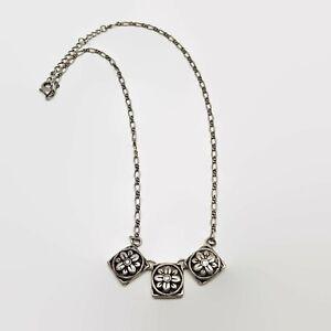 Silver-Tone-Floral-Design-Necklace