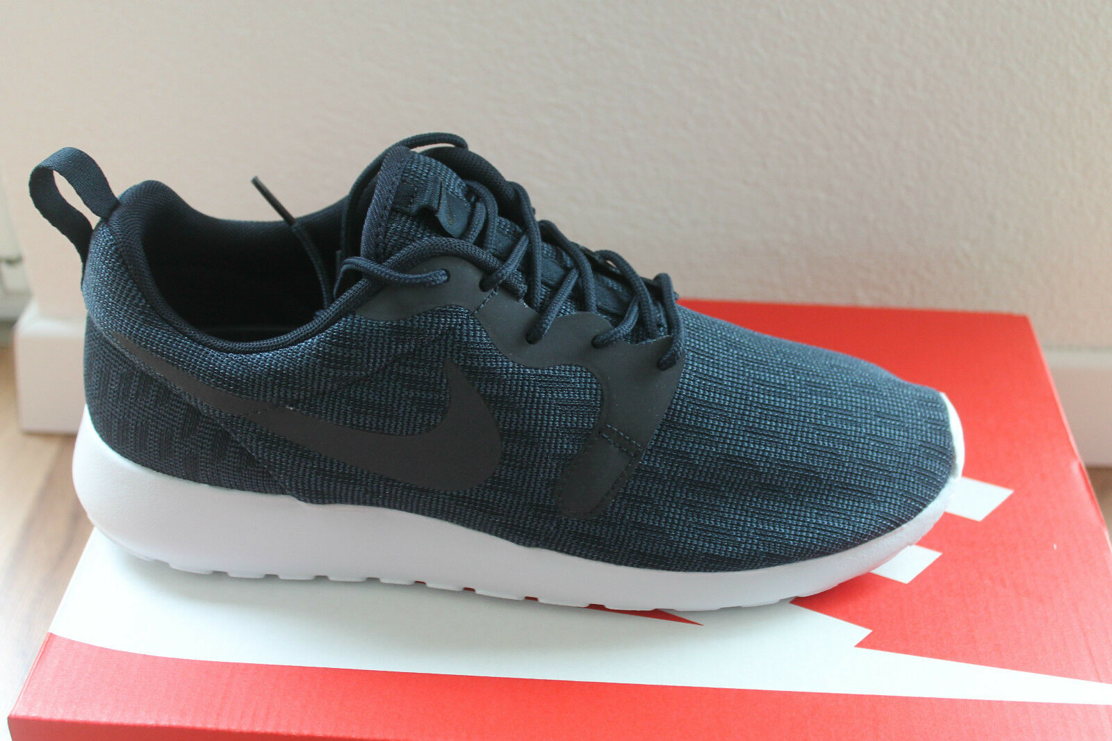 Nike men Roshe One Kjcrd Sneaker shoes bluee Bianco