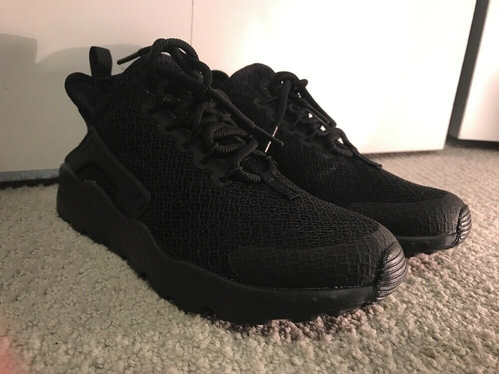 Nike Air Huarache Run Ultra Women's (Triple Black) [819151-011] Size 6