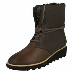 Taupe Clarks Winter 'sharon Boots Ladies Pearl' wxnACqX8