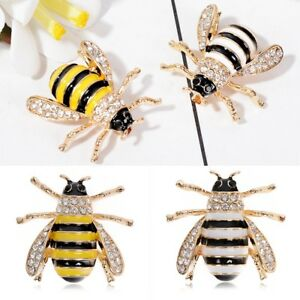 Women-039-s-Chic-Delicate-Bee-Insect-Crystal-Rhinestone-Collar-Brooch-Pin-Jewelry