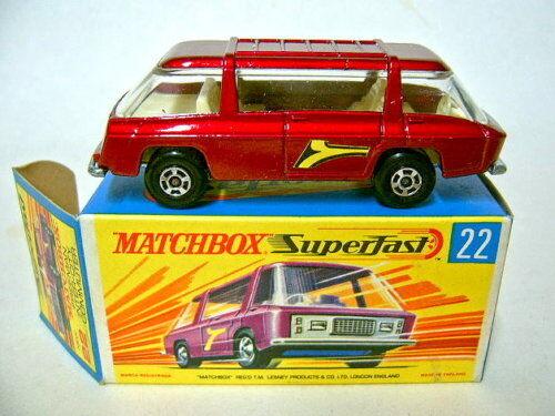 los últimos modelos Matchbox SF 22b Freeman Commuter rojometallic como como como nuevo con caja  te hará satisfecho