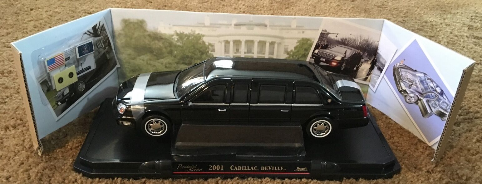 2001 Cadillac DeVille Presidential Limo Diecast 1 24 Scale