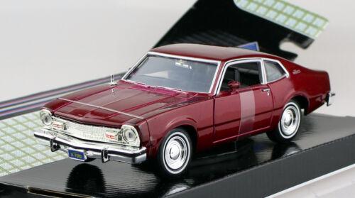 Ford Maverick 1974 rot 1:24 Motor Max Modellauto 73326