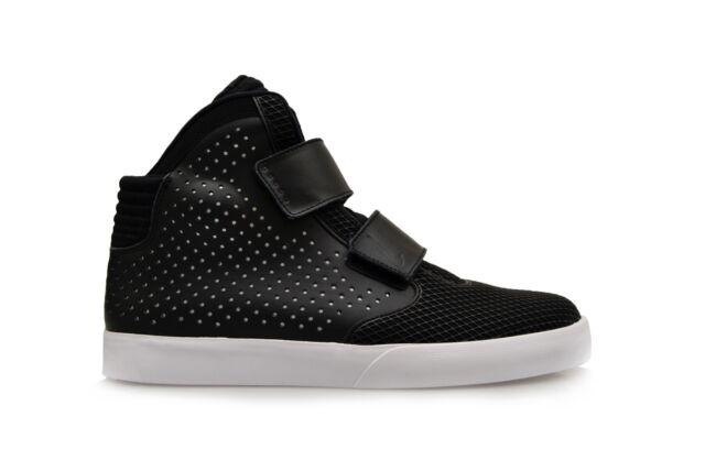 NIKE FLYSTEPPER 2K3 PREMIUM SZ 9.5   677473 003  BLACK casual spotswear shoes