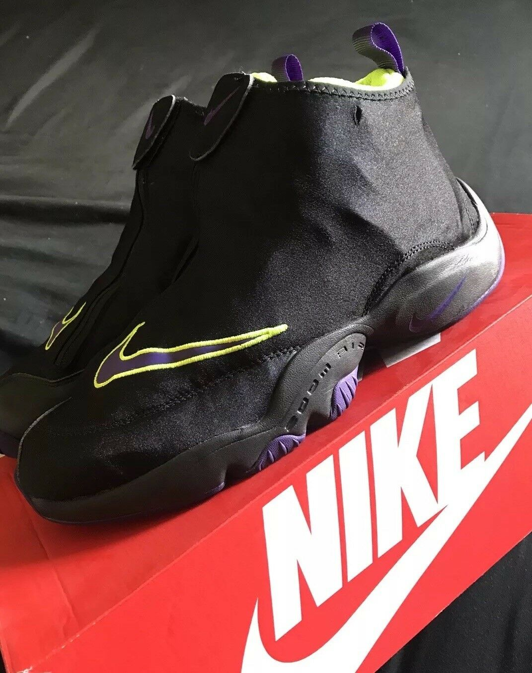 Nike Gloves Mens Basketball Shoes  Cheap and fashionable
