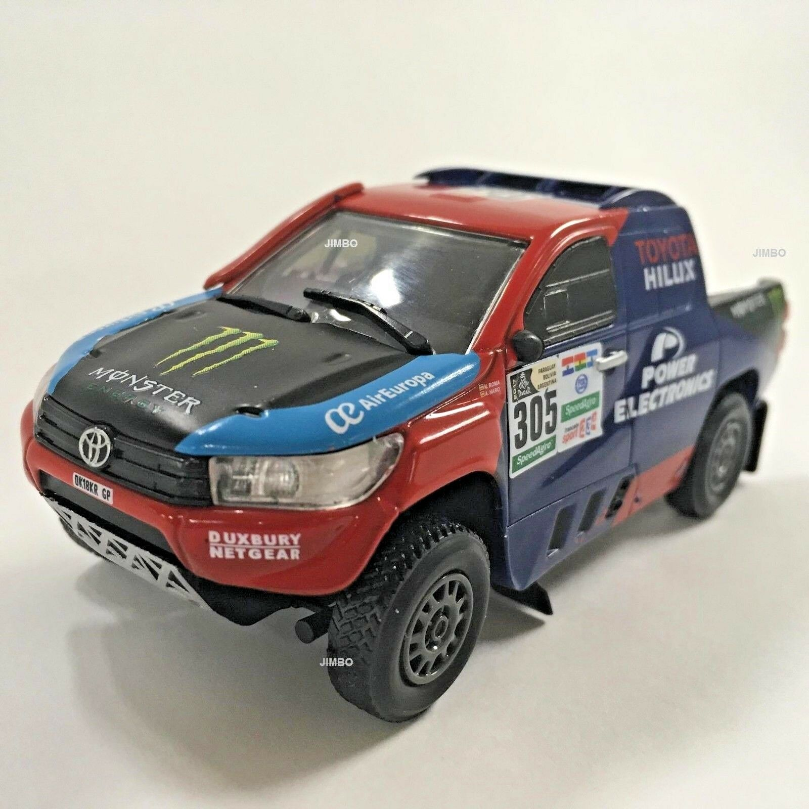 IXO - TOYOTA HILUX V8 1 43 RALLY DAKAR 2017, DIECAST, METAL, NEW IN BOX.