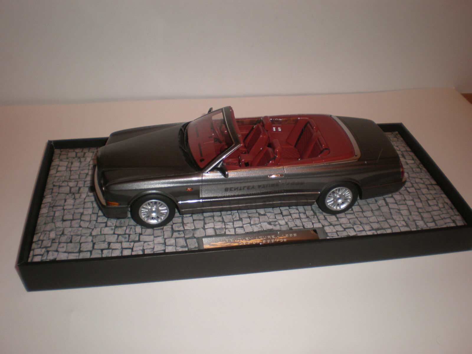 liquidazione 1 18 1996 Bentley Continental Azur grigio Metalic      Minichamps  salutare