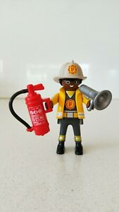 Playmobil-Fireman-with-Megaphone-Helmet-Extinguisher-Figure-New-Without-Tag