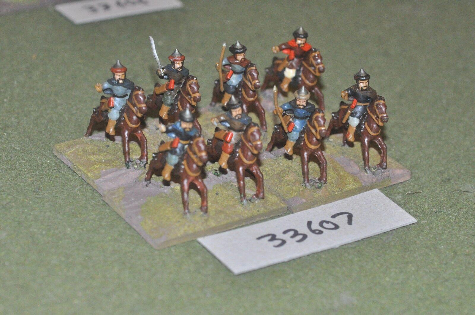 25mm roman era   hun - light 8 figures - cav (33607)