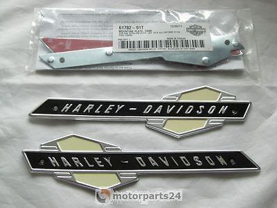 Harley Davidson Tank Embleme mit Adapter Kit 61777-63T