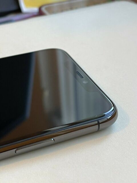 Apple iPhone 11 Pro Max - 256GB - Space Gray (Unlocked) A2161 (CDMA + GSM) (CA)