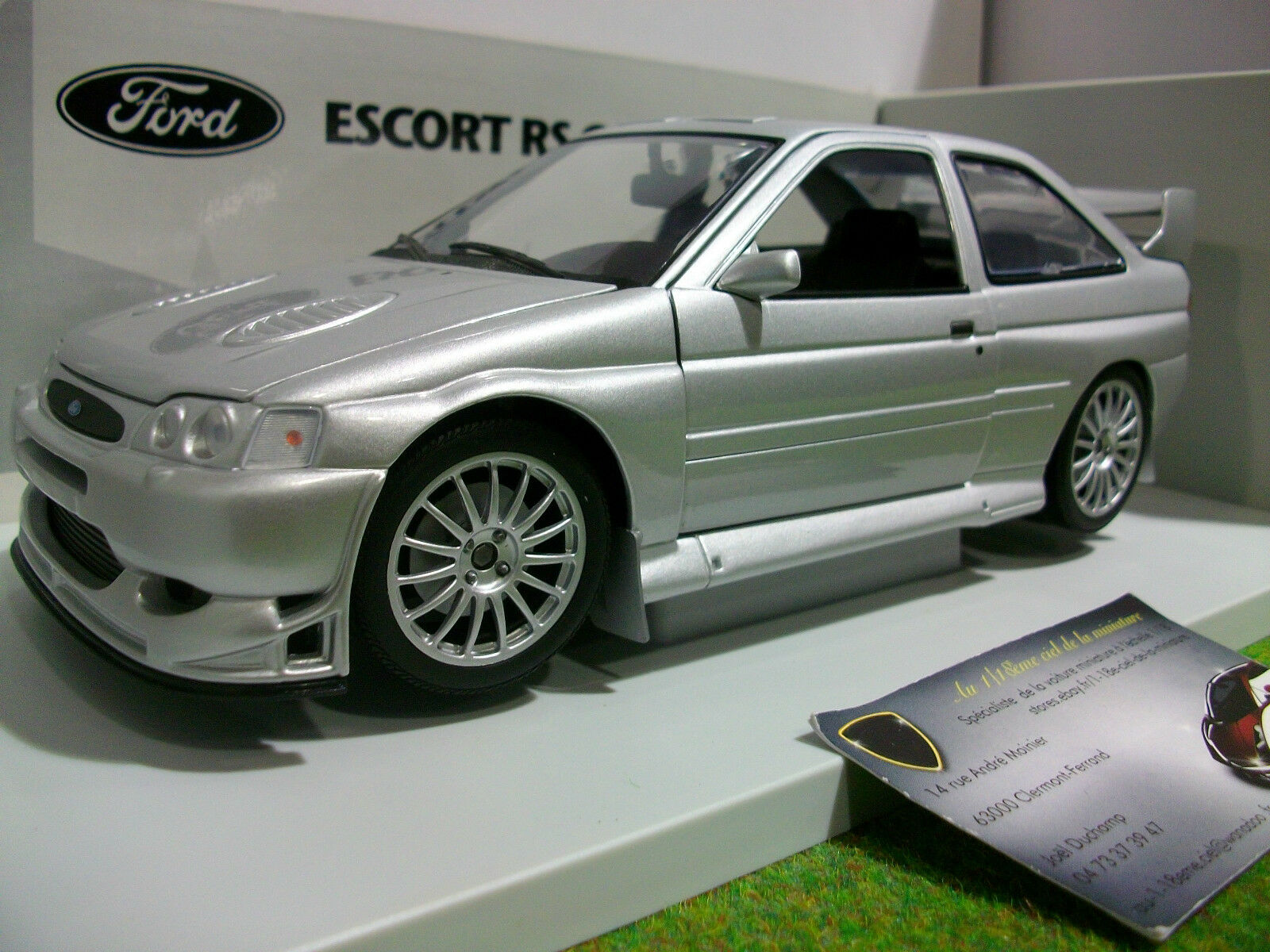 FORD ESCORT RS COSWORTH WRC 1 18  UT MODELS 22706 voiture miniature d collection