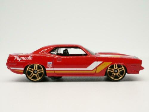 1970 Plymouth Cuda AAR Red 1//64 Scale Diecast Collectible Car Hot Wheels