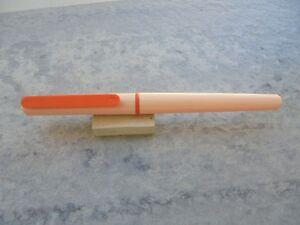 FidèLe Fountain Pen (pluma) Waterman Plastico Rosa Claro Y Clip Naranja AÑos 90 Nuevo Gamme ComplèTe D'Articles