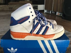 sélection premium af30a b2045 Details about Adidas Attitude High Top NY New York Knicks Youth Boys 4.5 4  1/2 Sneakers 4.5y