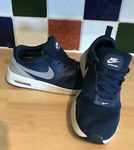 Nike-Boys-Air-Max-Tavas-Blue-White-UK-2-US-2-5Y-EU-34-844104-403-Youth