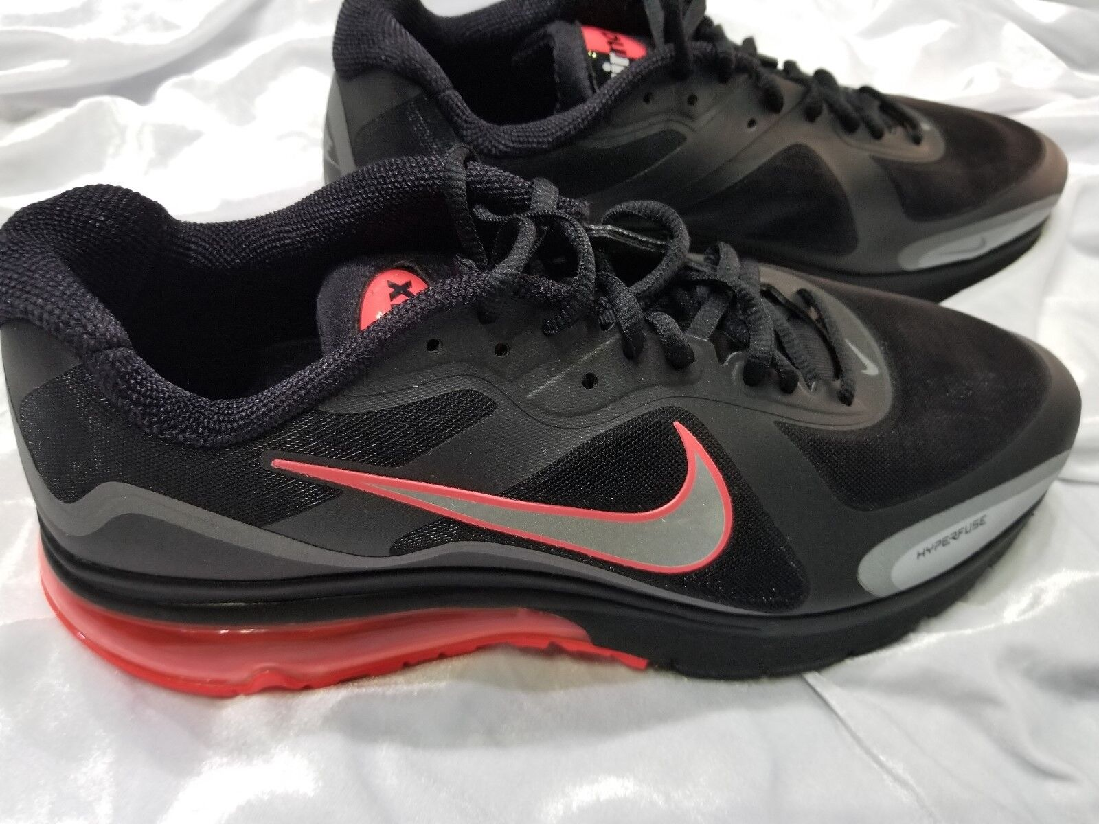 MENS NIKE AIR MAX HYPERFUSE ALPHA  2011 BLACK HOT RED SZ 13