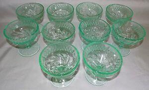 U-S-Glass-Depression-Era-Floral-amp-Diamond-Band-10-Green-Sherbets