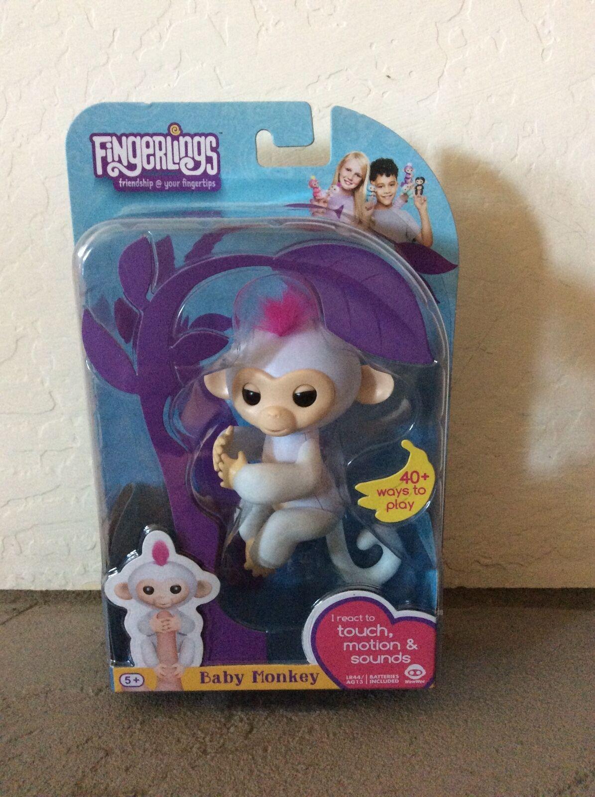 FINGERLINGS Fingerling Interactive WHITE Baby Finger Monkey SOPHIE -- Rare HTF