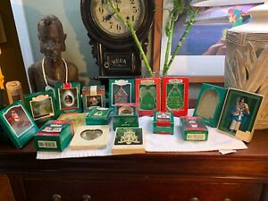 VINTAGE-Hallmark-Lot-of-17-Ornaments-1980-s-To-Early-1990-s-RARE-Pristine-Shape