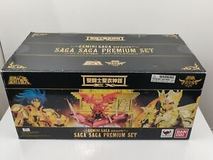 Bandai-Saint-Seiya-Soul-of-Gold-EX-Gemini-Saga-God-Cloth-Saga-Saga-Premium-Set