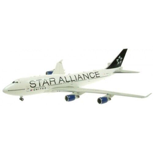1 200 United 747-400 N121UA Star Alleanza Coloreeeee JET2015005