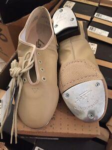 LEO/'s 5056 Beige Jazz Tap Dance shoe Split sole w//Wood Grain heel Sz 4.5-10 LEO