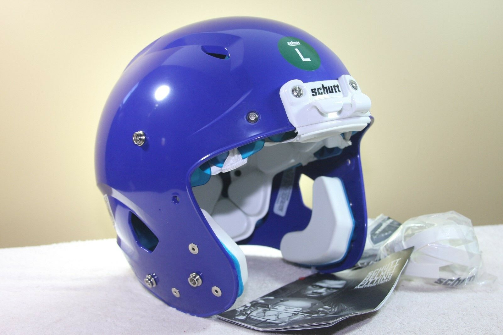 Schutt YOUTH Football Helmet VENGEANCE ROYAL blueE New not used LARGE 2017 134