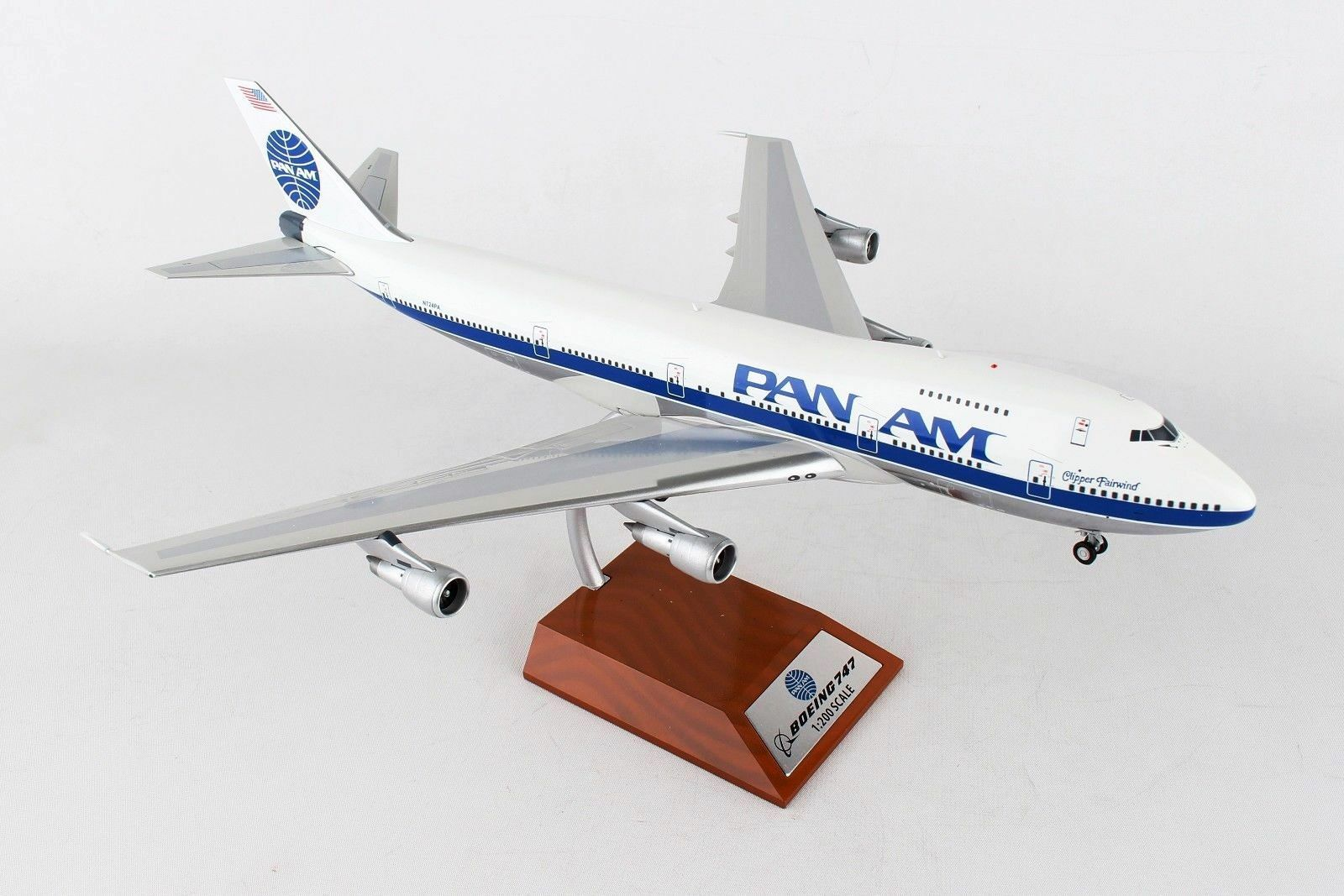 INFLIGHT200 IF7420317 1 200 PAN AM BOEING 747-200 N724PA CLIPPER FAIRWIND WSTAND