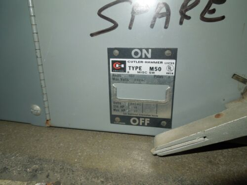 Cutler Hammer M50AT3233R 100//100A 3p 240V Twin Fused Panelboard Switch FDPS3233R