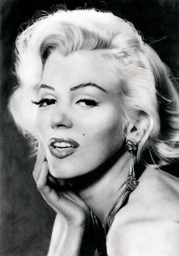 017 Marilyn Monroe