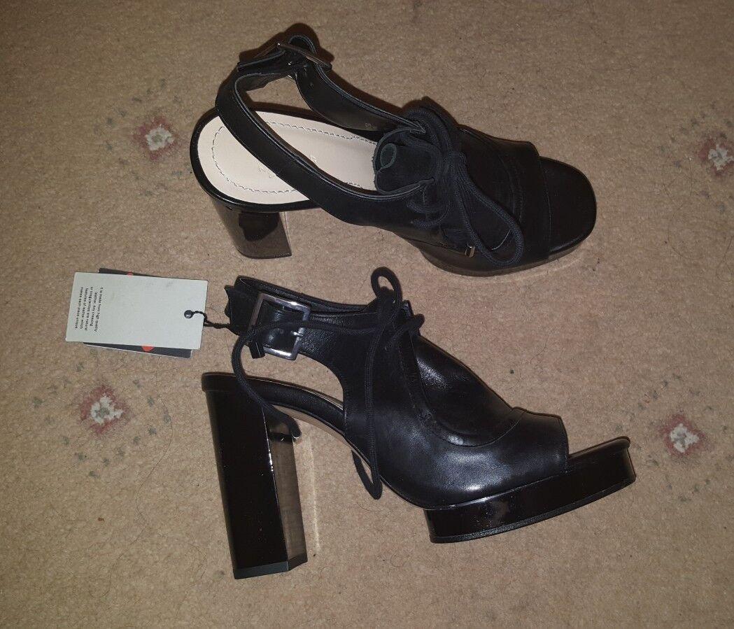 BNWT Peep Zara Pelle Stringati Peep BNWT Toe Sandaloi con Taglia Tacco a Blocco 8ab18d