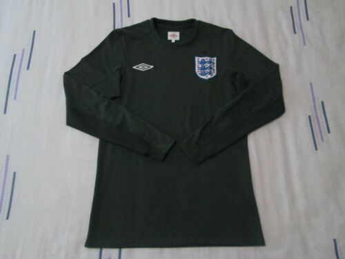 "England goalkeeper football shirt size 34"" green colour Umbro 20092011"