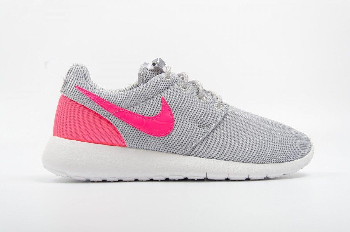 NEW NIKE ROSHE ONE Pink Womens 7.5 (6Y) Grey Hyper Pink ONE NIB 31401d