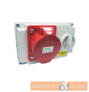 ESR IP44 SWITCHED SOCKET WITH INTERLOCK 32A 3P+E 380-415V 0 6H