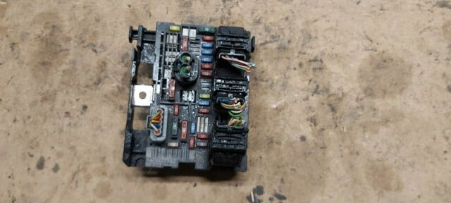 PEUGEOT CITROEN UNDER BONNET FUSE BOX BSM MODULE 9675877980 R02