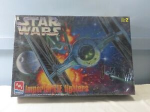 AMT-ERTL-Star-Wars-Imperial-TIE-Fighters-Model-Kit-SEALED-8438