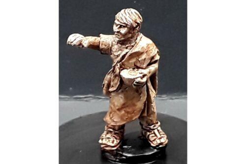 1 figure 15mm Fantasy Legian Apothecary