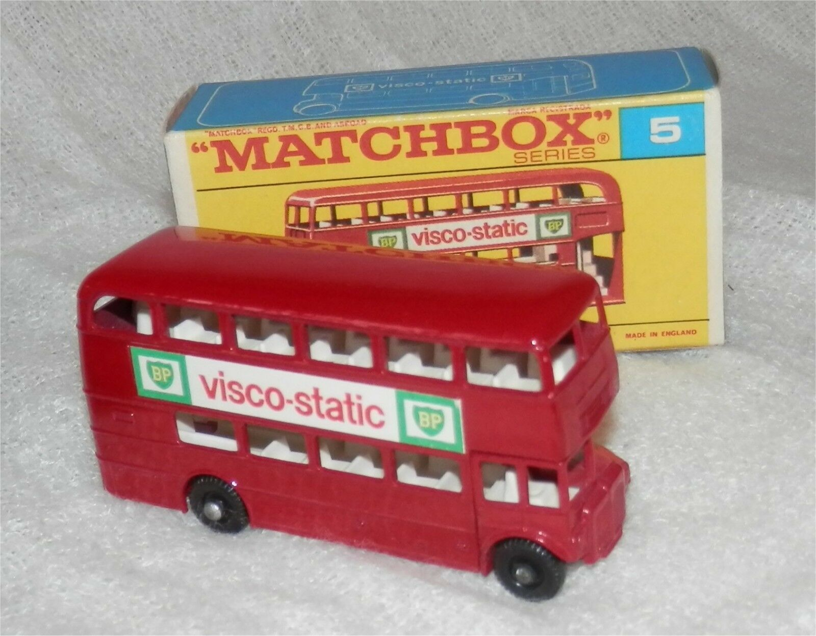 Matchboox.LESNEY.5.London Bus  visco-static  mint in rare late  F  box.ORIGINAL