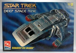 STAR-TREK-DS9-RUNABOUT-RIO-GRANDE-1-72-TOY-MODEL-KIT-AMT-8741