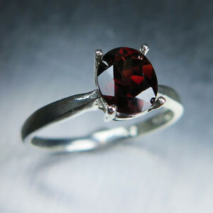 170cts Natural Dark Red Zircon 925 Sterling silver  Gold solitaire ring - Duffield, Derbyshire, United Kingdom - Return Policy: A 100% full refund for returned items is guaranteed if the item return/ exchange is arranged within 7 days after customer receives the item. Your purchase must be unworn and received in perfect conditi - Duffield, Derbyshire, United Kingdom