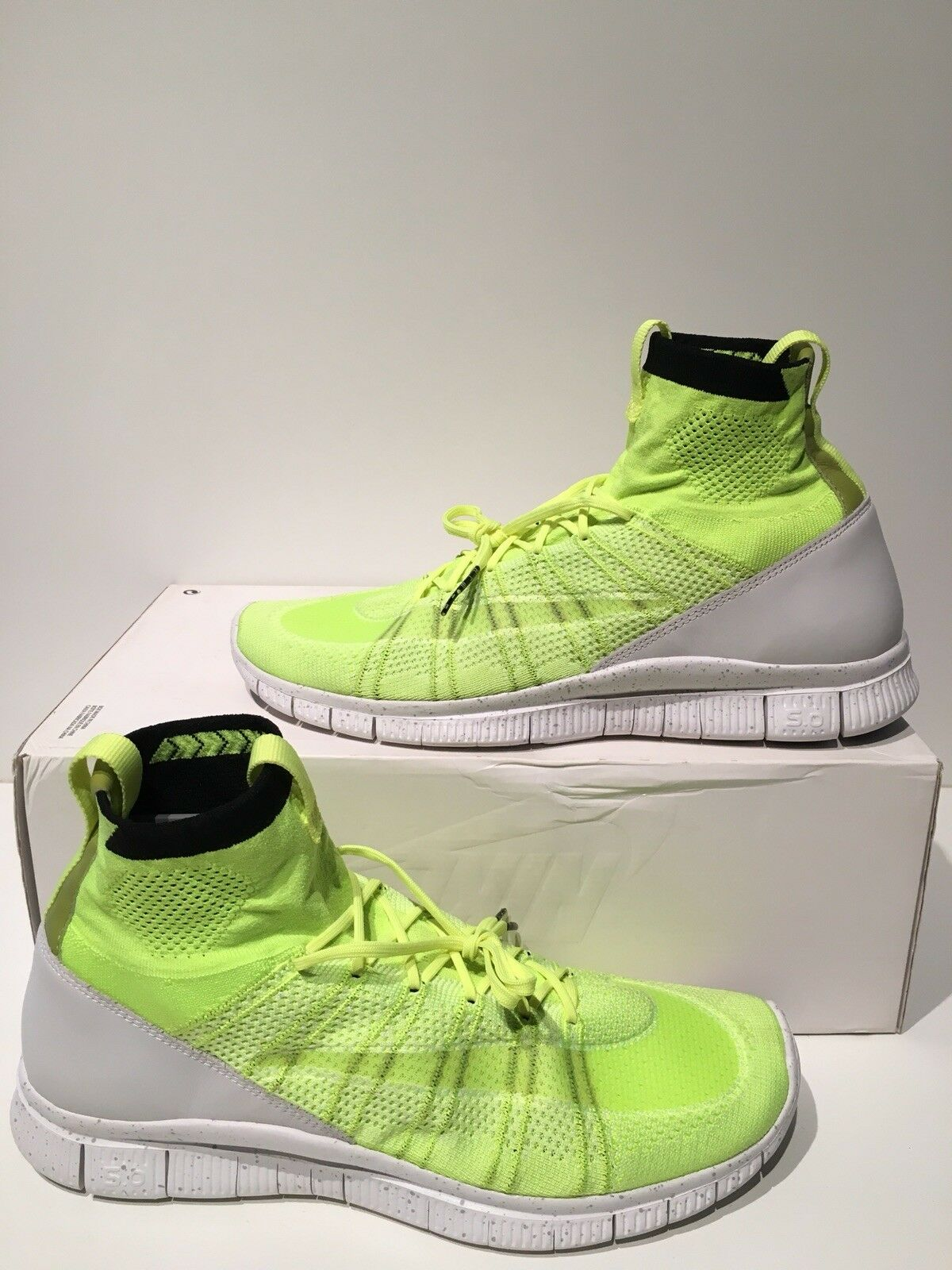 New Nike HTM Free Mercurial Superfly Flyknit Volt White Black size 13 689466 711