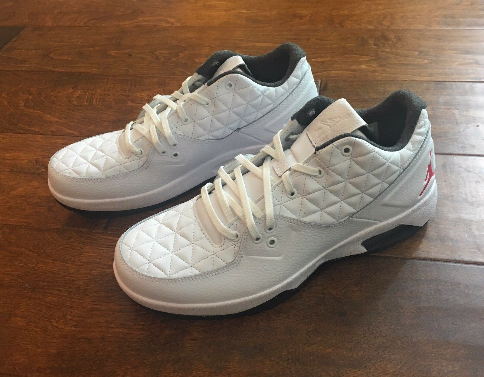 Nike Air Jordan Clutch Men's 11 Basketball Shoes White Gym Red Black 845043-101 The latest discount shoes for men and women