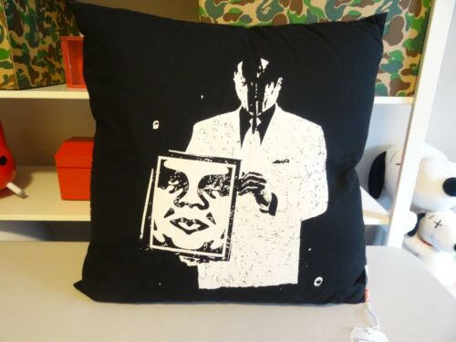"20/"" x 20/"" BLACK throw PILLOW Giant New OBEY // SHEPARD FAIREY /""FACE /"""