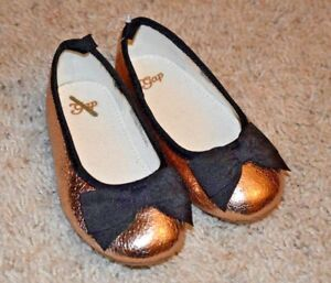 ff1ad4840 Baby Gap Girl's Gold Crackle Metallic Patent Ballet Flat Shoes Sz. 8 ...